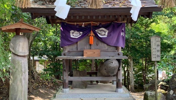 八重垣神社男性のペニス